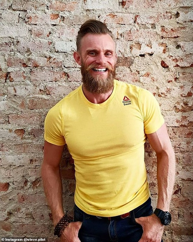 Heartbroken personal trainer claims he cured his depression by doing HANDSTANDS for up 5 hours a day