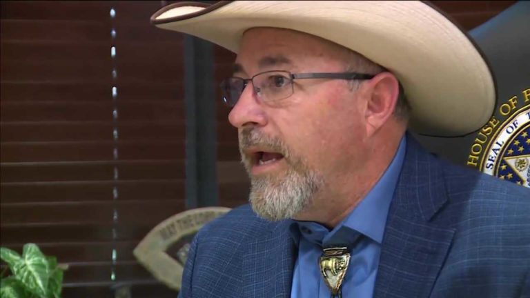 Oklahoma lawmaker accused of bigotry after saying transgender people 'have mental illness' – KOCO Oklahoma City